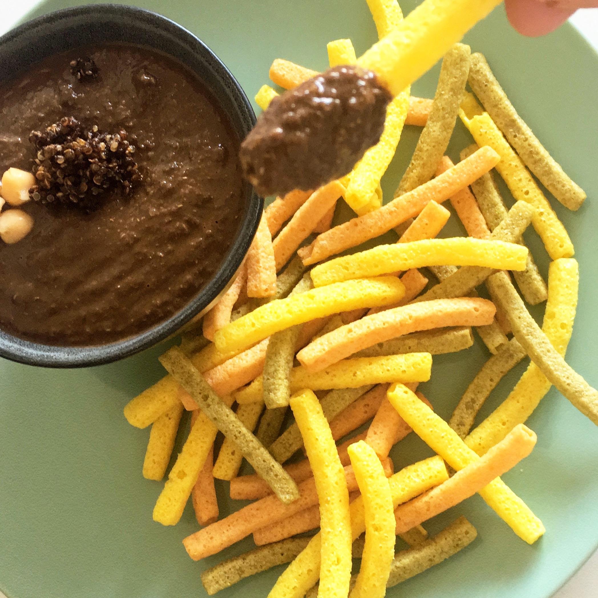 Dip de quinoa y ajo negro